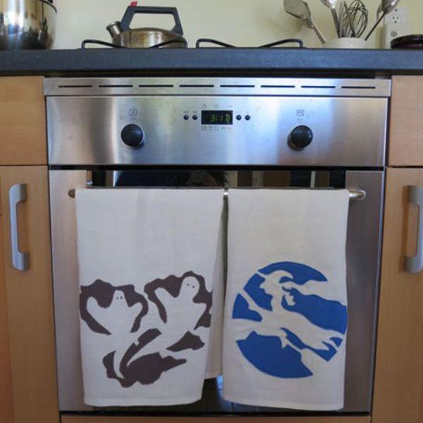 Хэллоуин украшения и декор: кухонные полотенца с привидениями и ведьмой
