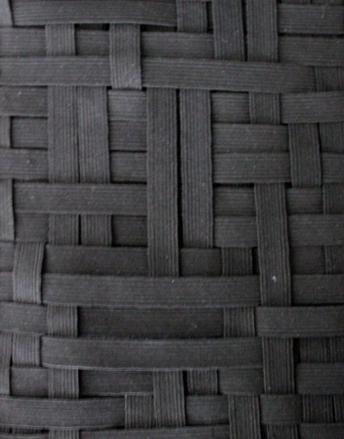 Как выглядят рукодельные подарки, интересные вашим близким: органайзер в виде книги - плетение