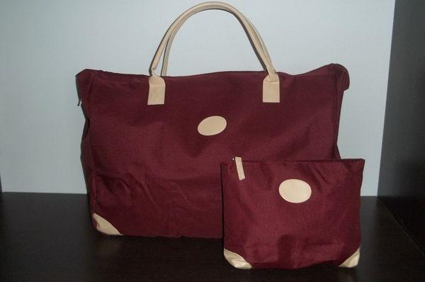 Как выглядят рукодельные подарки, интересные вашим близким: сумки для косметики
