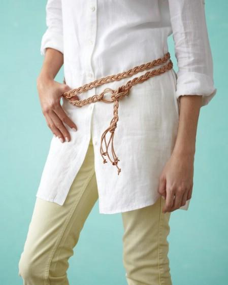 Как выглядят рукодельные подарки, интересные вашим близким: плетеный кожаный пояс