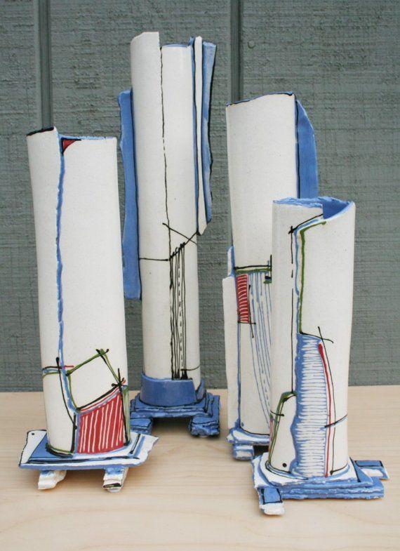 Как выглядят рукодельные подарки, интересные вашим близким: металлическая ваза в глине для моделирования