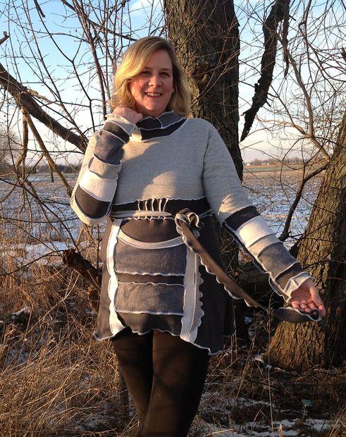 Как сшить теплый халат/тунику с цветными швами-рюшами