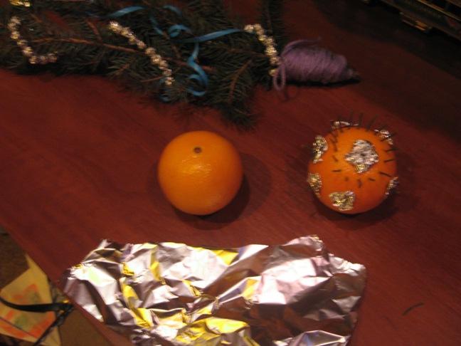 Как сделать простые и быстрые новогодние сувениры близким своими руками?