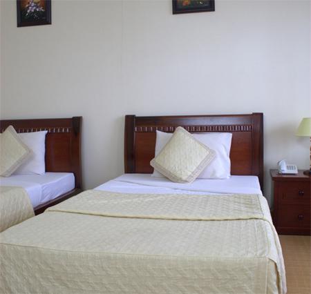 Кровати на колесиках хороши в том случае, если у вас есть место только для двухместной кровати, но вам нужно уложить двоих по отдельности