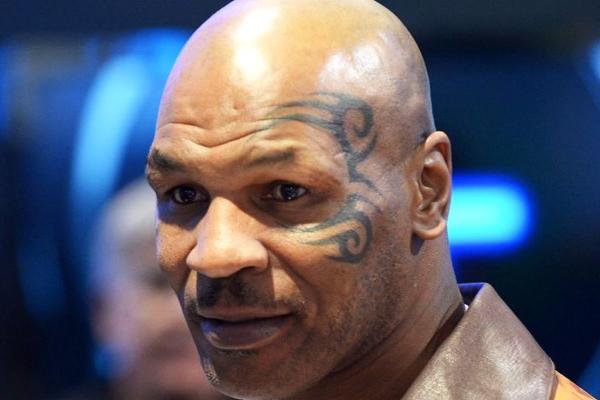 татуировки Майка Тайсона на лице