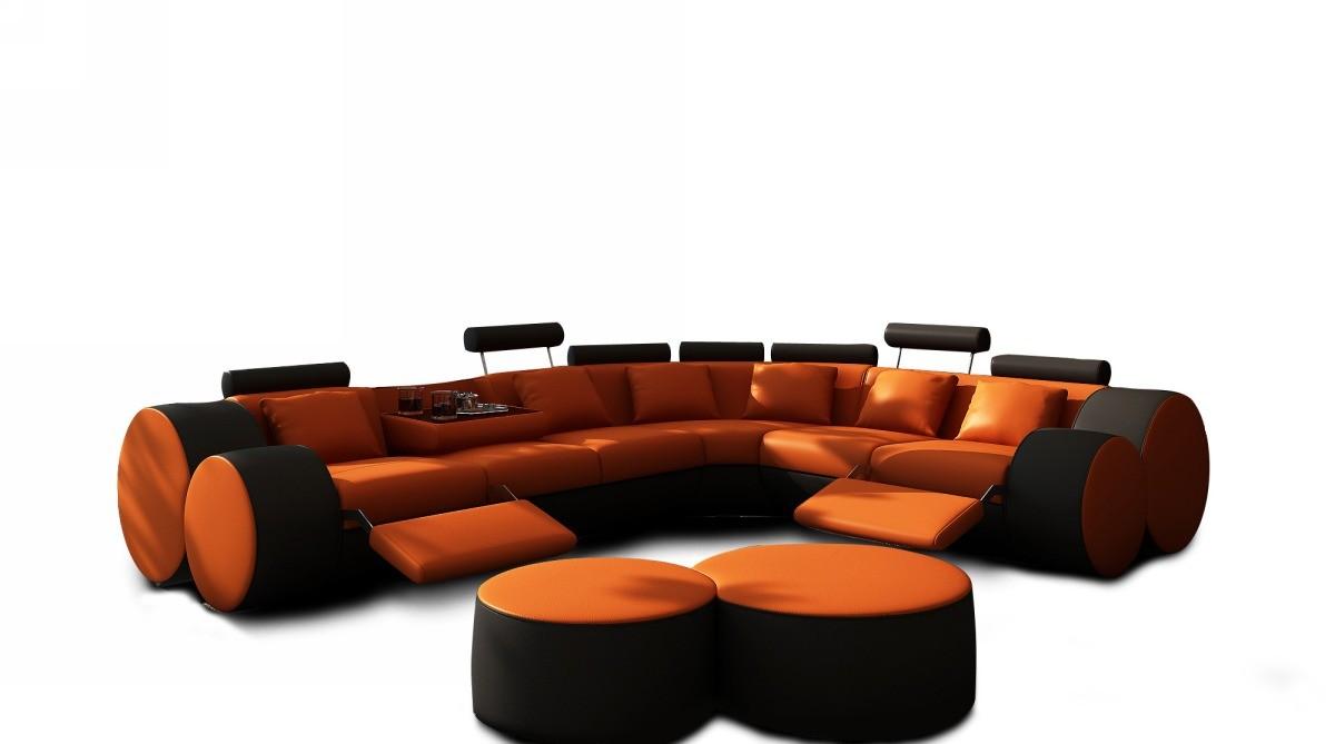 диван-уголок для больших поклонников ралли «Формула 1»
