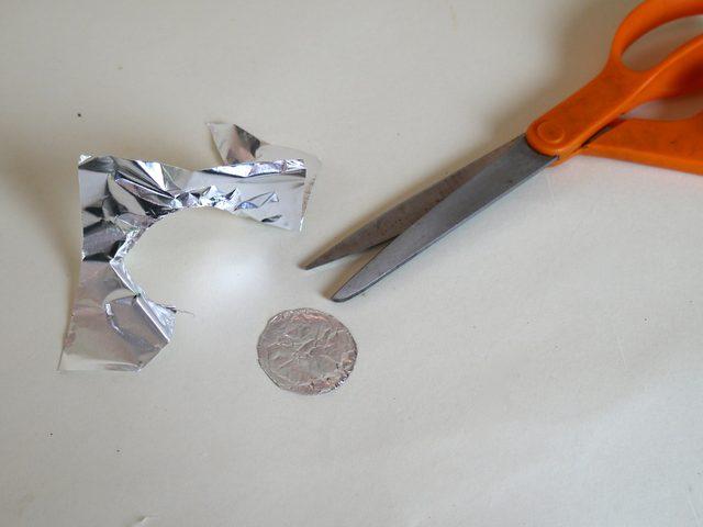 Как сделать чашу (трубку) из алюминиевой фольги - wikiHow
