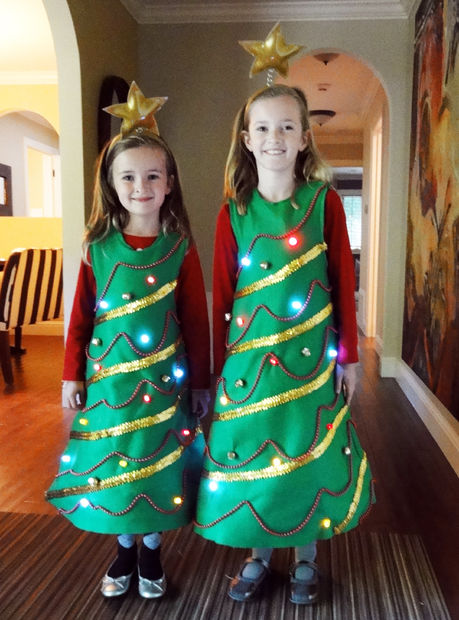 готовый костюм новогодней елочки с подсветкой своими руками