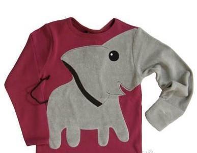 теплая детская футболка с нашитым слоном