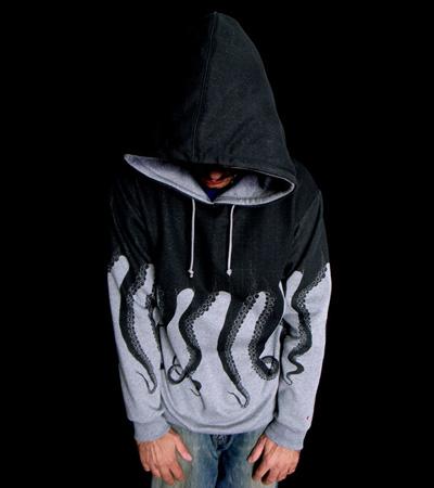 самые креативные футболки: толстовка-осьминог