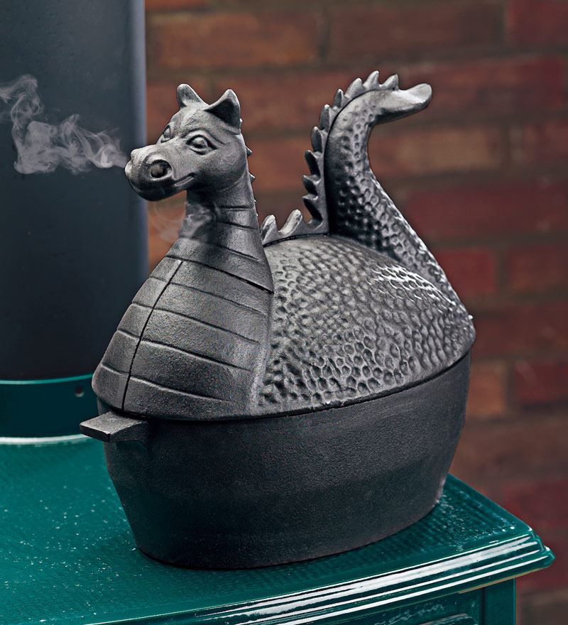 Казанок с фигурной крышкой: дракон, выдувающий пар из ноздрей
