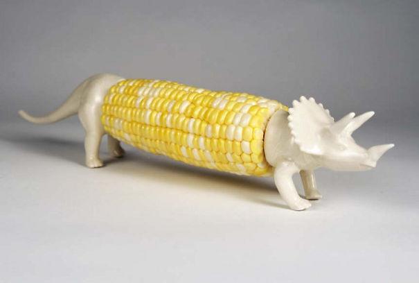 держатели в виде трицератопса для поедания горячей кукурузы