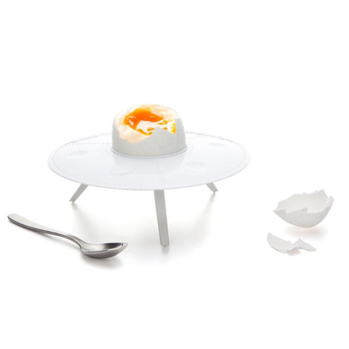 Подставка для яйца – летающая тарелка
