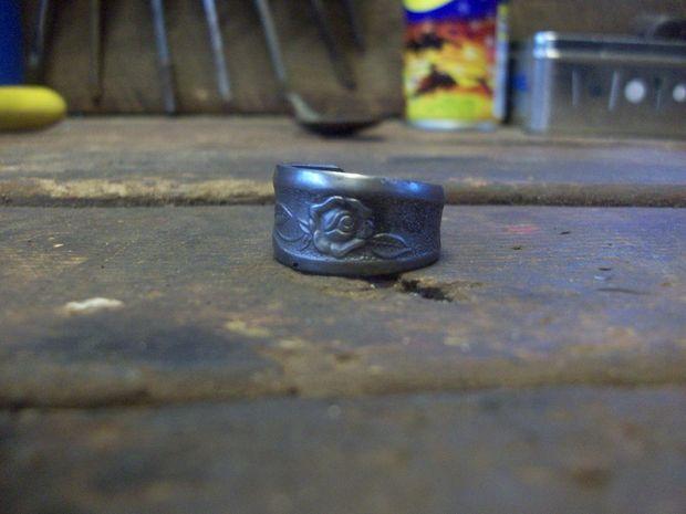 готовое кольцо из старинной/старой ложки