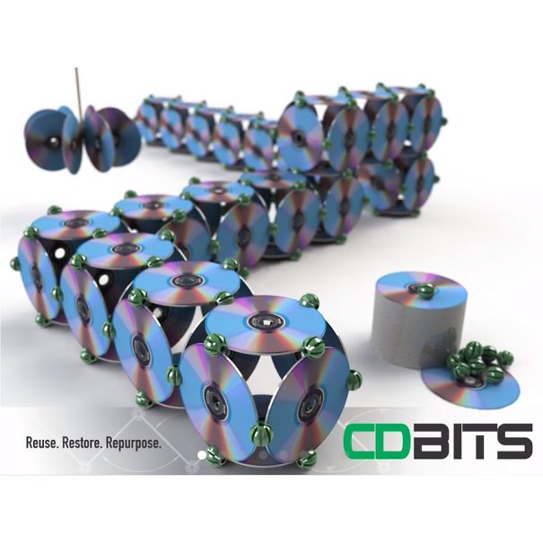 креативно использовать ненужные CD-диски: пародия на недавнее изобретение в виде кубиков-модулей на магнитах для создания роботов