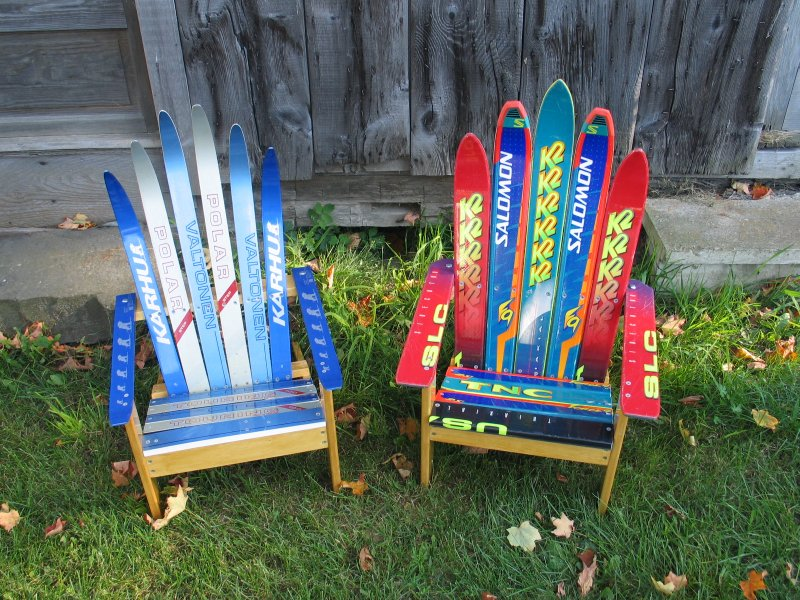 Кресла из старых лыж