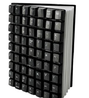 Обложка для книги из кнопок клавиатуры