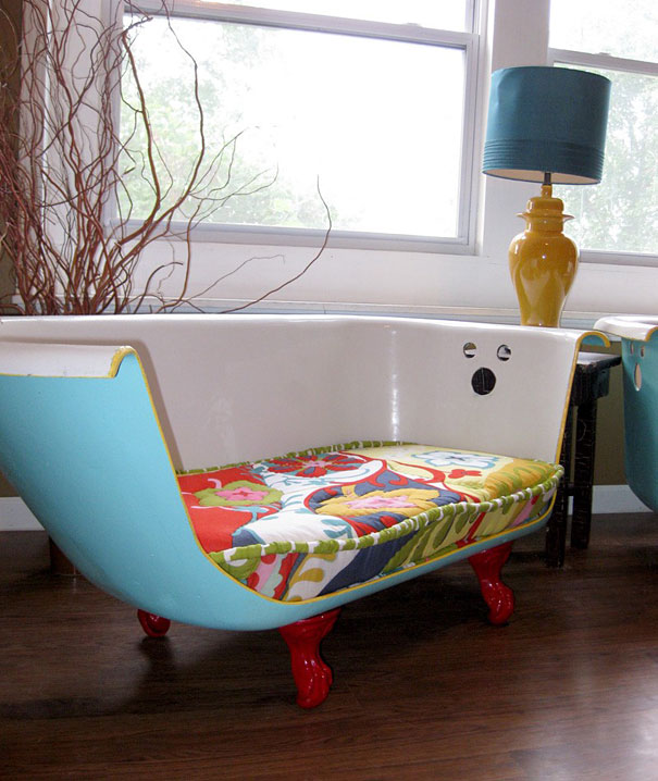 превосходный диван из ванны