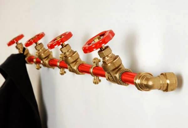 Крючки из труб с вентилями