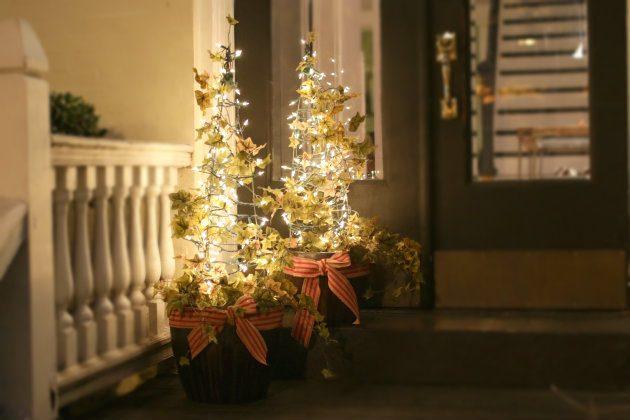 Как сделать новогоднюю елку своими руками: из живого плюща на сетке