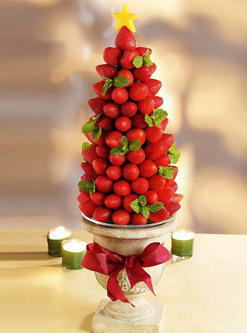 Как сделать новогоднюю елку своими руками: съедобные елки на стол - из клубники