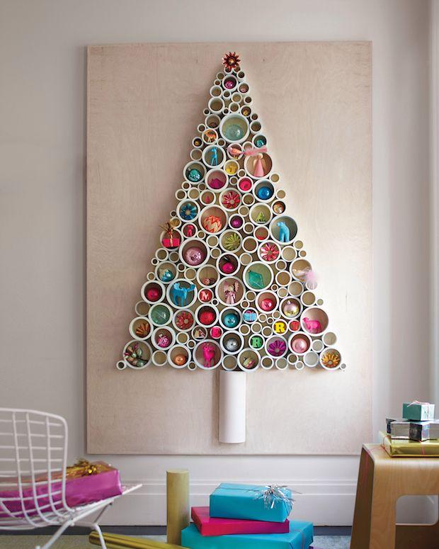 Как сделать новогоднюю елку своими руками: плоские елки - из окрашенных частей ПВХ-труб
