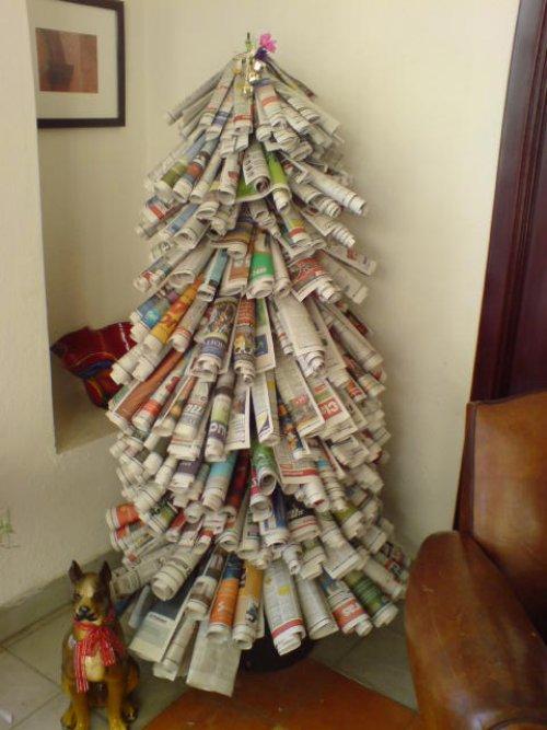 Новогодние елочки из свернутой бумаги - из трубочек из газет