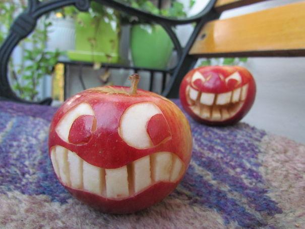 Хэллоуинский карвинг по яблокам: булинг, задира и жертва