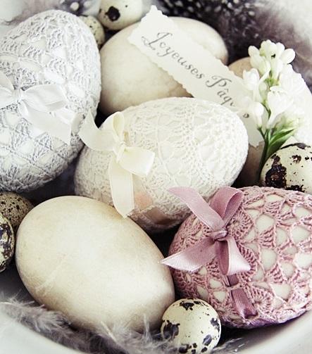 оригинальное и креативное окрашивание и декорирование яиц на Пасху: вязание крючком