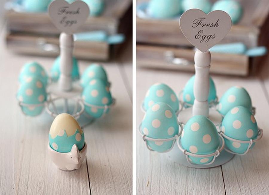 Оригинальное и креативное окрашивание и декорирование яиц на Пасху: белый горох из липкой ленты