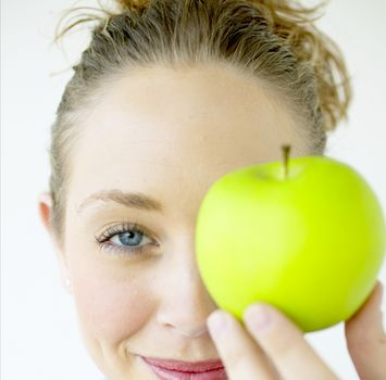 здоровое питание: зеленое яблоко