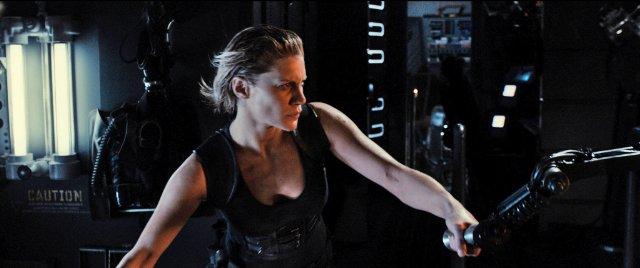 фильм «Риддик 3» (Riddick) 2013, осень, кадр из фильма, Кэти Сакхофф, снайпер