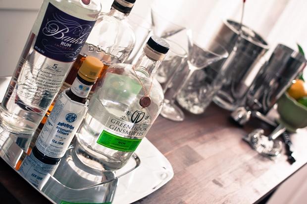 Как и чем наполнить свой первый бар