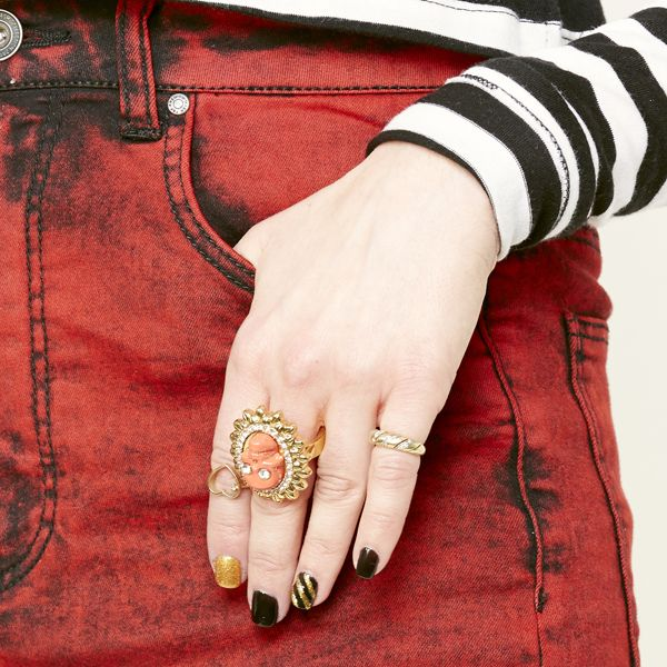 модный тренд 2014: срединные кольца, кольца уровнями