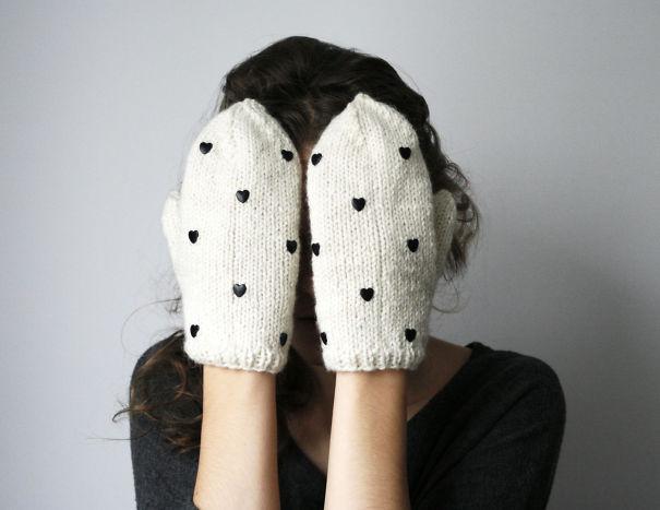 креативные варежки и перчатки для взрослых и детей: варежки с миниатюрными сердечками
