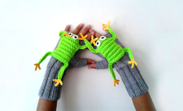 креативные варежки и перчатки для взрослых и детей: полуварежки с лягушатами