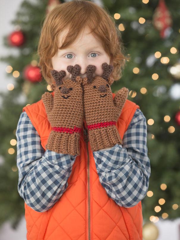 креативные варежки и перчатки для взрослых и детей: варежки-олени