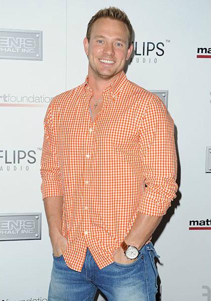 как выбрать модную мужскую рубашку: нестандартные цвета - оранжевый и клетка