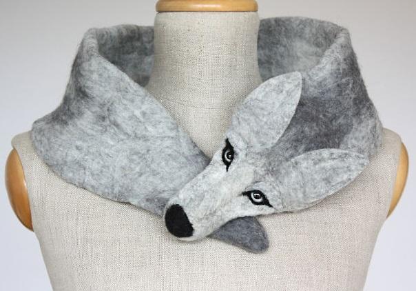 оригинальные вяленые шарфы - серебряный волк