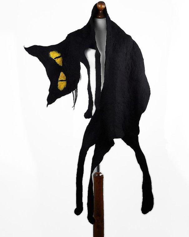 оригинальные самодельные шарфы - черный кот из мультфильма из фетра