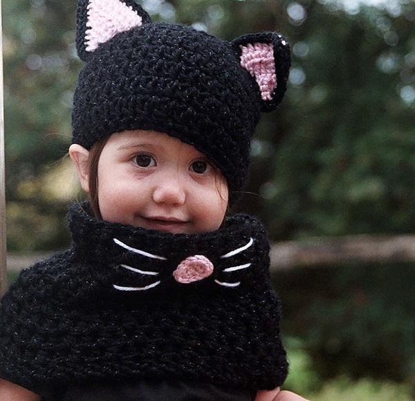 Шапочка и шарф-труба в виде кошачьего детского ансамбля