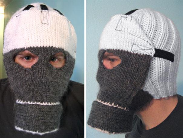 Вязаная шапка-противогаз
