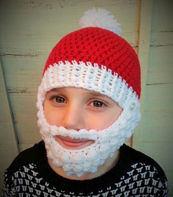 шапка Санты с отстегивающейся белой бородой