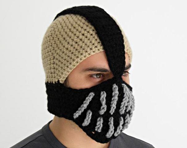 Бейн из «Бетмена». Аля шапка- лыжная маска.