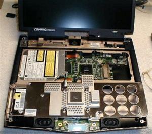 Как правильно поступить, если ноутбук был залит жидкостью?