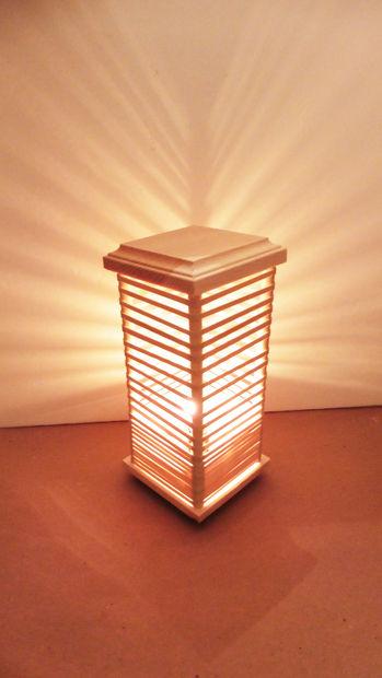 Как сделать напольную или настольную лампу из резинок