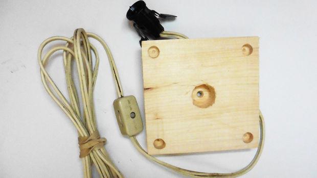 готовый набор с патроном, проводом и выключателем для лампы