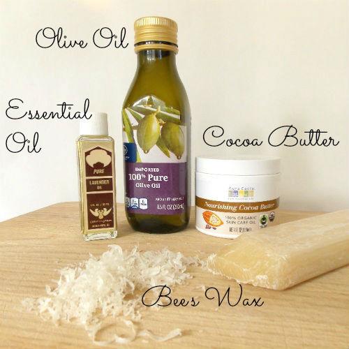 Ингредиенты для приготовления оттеночного бальзама для губ и лосьона для тела - оливковое масло, масло како-бобов и эфирное масло