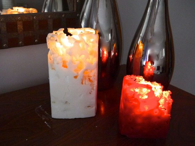 Как сделать пористые «ледяные» свечи