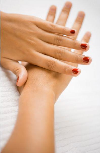 Знаете, что вы получаете от супер-сияния, которое приобретают ваши ногти после свежего покрытия их слоем любимого лака
